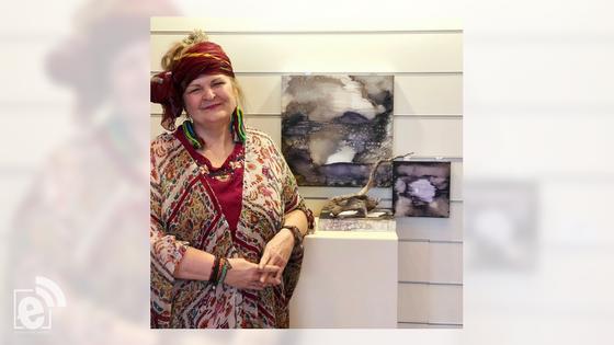 """Whatley Center hosts art exhibit by """"Pulpwood Queen"""" Kathy L. Murphy"""