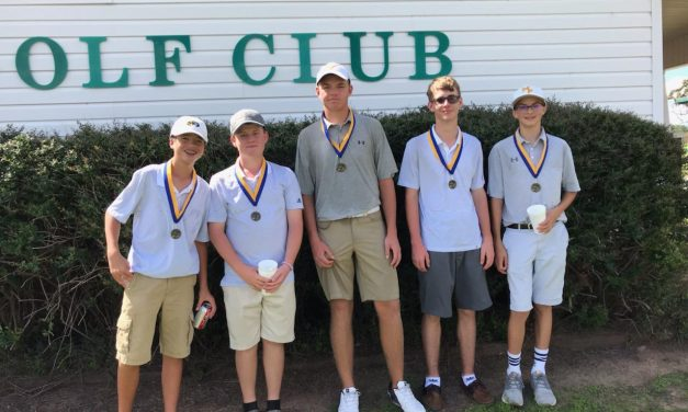 Mount Pleasant JV Boys Golf takes first place at Wood Hollow scramble
